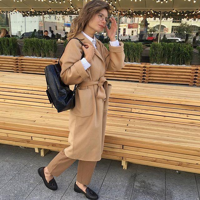 На Кристине @khkris • Пальто-халат (кэмел) #12Storeez 24.900р. Состав: Шерсть…