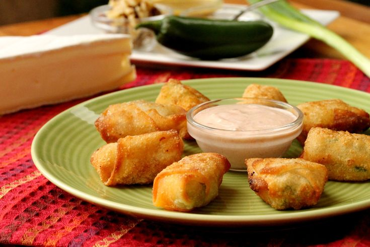 Won Ton Cheese Bites - 4 recipes:  Sweet Brie Bites (brown sugar & walnuts), Chive Brie Bites, Jalapeno Cheddar Cheese Bites and String Cheese Bites. Easy & delicious appetizers!