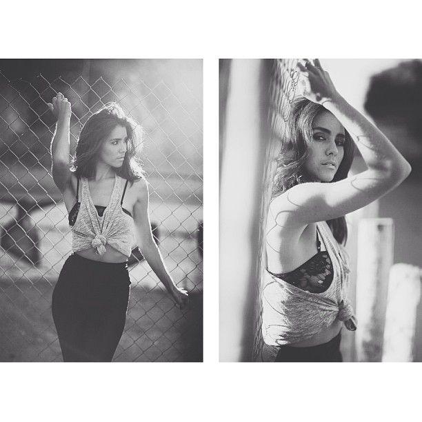 Downtown LA headshot - Model - Lifestyle Photography - Black and White Photo
