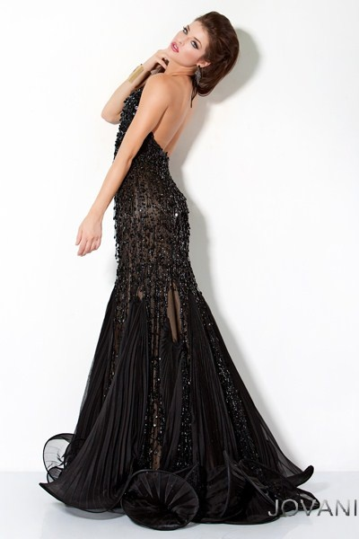179 best Prom images on Pinterest   Pumps, Ball gowns and Fashion beauty