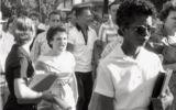 Imagem da intolerância na América: Little Rocks, Civil Rights, Africans American, Elizabeth Eckford, Black History, Rocks Central, Central High, High Schools, Arkansas