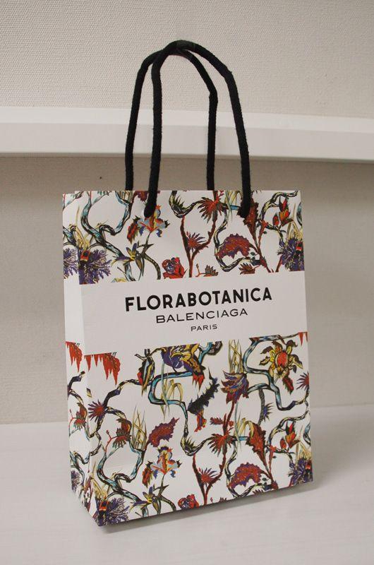 Best 10+ Paper bag design ideas on Pinterest | Shopping bag design ...