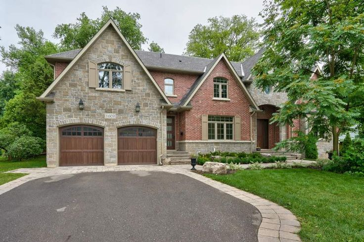Just Listed! 1609 Crediton Parkway, Mississauga, Ontario. Custom Home On A Quiet Cul-De-Sac In Mineola East ! Based On Timeless Architectural Themes, This Home Features Custom Millwork Incl. Wainscoting & Coffered Ceilings, Soaring 2-Storey Open Concept Family Rm W/Fireplace Flanked W/Built-In Cabinetry, Modern Gourmet Kitchen W/Prof Appl (Wolf, Subzero), Butler's Pantry W/Walk-Thru To Formal Dining Rm, Main Floor Nanny/In-Law Suite.