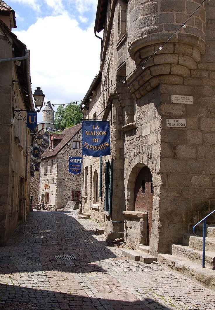 Aubusson (Creuse) Rue Vieille — Wikipédia