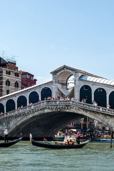 The competition to design a stone bridge across the Grand Canal in Venice  attracted the best architects of the late century, including Michelangelo,  ...