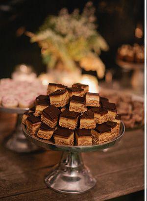 wedding desert table - Read more on One Fab Day: http://onefabday.com/jodi-mc-donald-lindy-ryan/