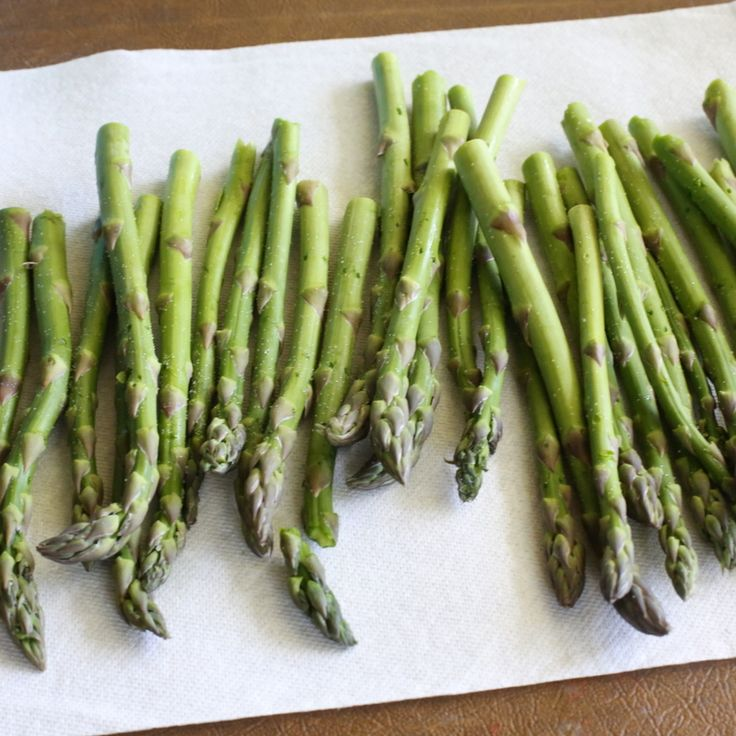 Parmesan Crusted Asparagus | The Girl Who Ate Everything