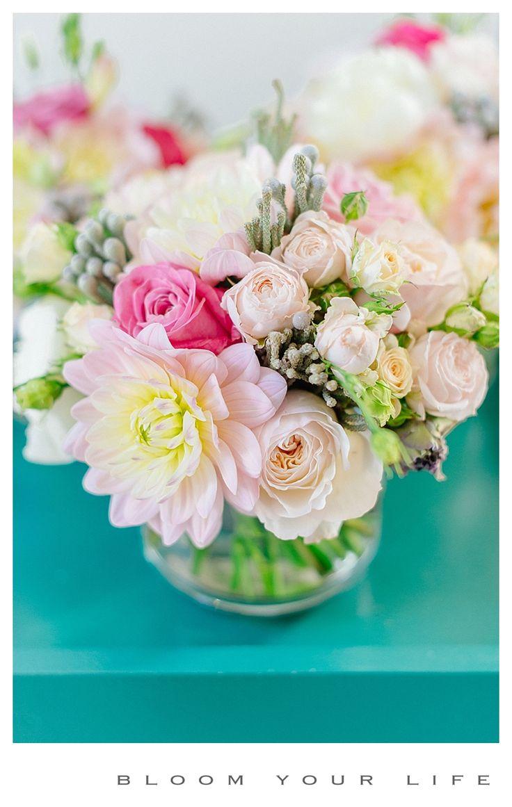 centerpieces dinner with dahlia, roses, lisianthus, spray roses photographer: Alexandra Vonk floral design: Bloom Your Life venue: Huize Frankendael
