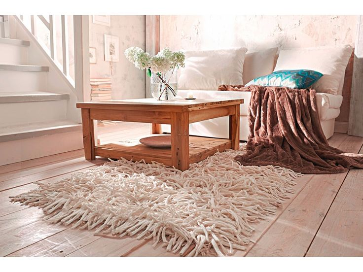 die besten 17 ideen zu flauschiger teppich auf pinterest wei e teppiche und fellteppich. Black Bedroom Furniture Sets. Home Design Ideas