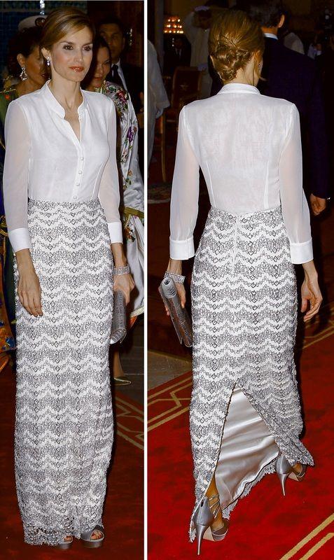 For dinner, Queen Letizia wore a semi-sheer white silk georgette blouse with an elegant silver lace full-length skirt by Felipe Varela.