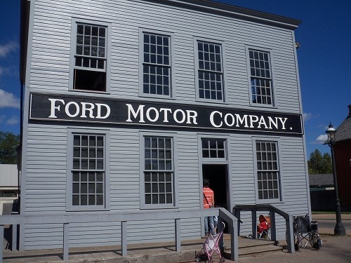 165 best images about greenfield village in dearborn for Ford motor company museum