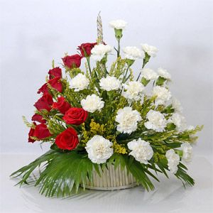 Simple idea yet extremely easy to win your loved one's heart.  Shop #OnlinegiftstoIndia @ http://www.giftsngreets.com