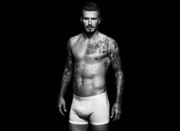 Los Boxers son originarios de los años 20, tomaron su nombre del boxeo, ya que su creador y fundador de Everlast, Jacob Golomb, diseñó un pantalón con elástico en la cintura para sustituir a la tira de cuero que se usaba entonces. David Beckham lleva unos boxer de la línea de ropa interior que diseñó para H&M.