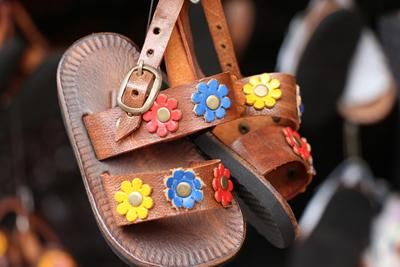 That's it ... I'm packing up the #sandals #madweather!