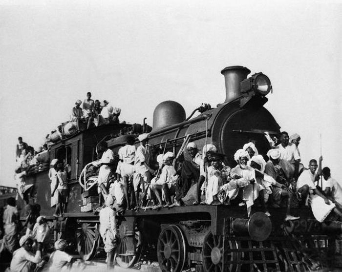 the british partition of india The partition of india at the end of 350 years of british rule in 1947 resulted in riots, looting, murders and a flood of 15 million refugees the division of the.