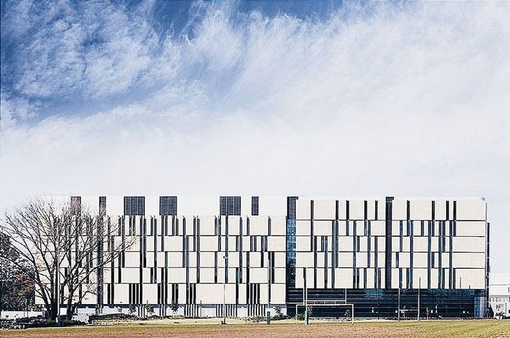 North facade of the Charles Perkins Centre at USYD - [[photo by @marionabadaphotography , thank you for tagging #fjmt and taking this great shot!]]