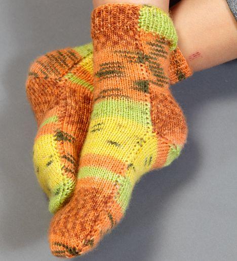 Sticka sköna sockor i mjukaste hälsogarn!