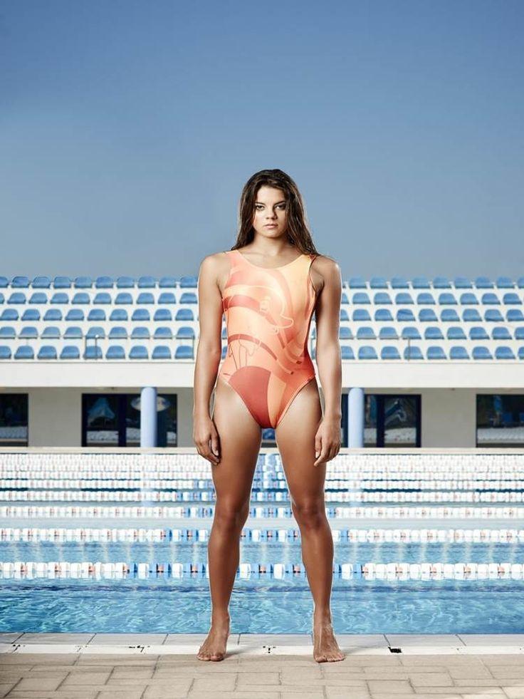 H2O TOGS Custom Design - Womens WWP Zipback Swimsuit