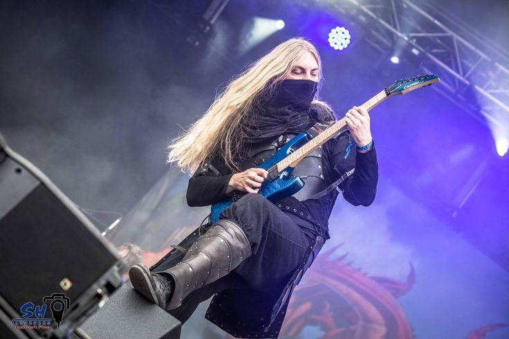 Lynd Photo by Swen Heim, SH Livepics Rockharz 2016 #TwilightForce #music #metal #concert #gig #musician #guitar #guitarist #mask #Lynd #ninja #festival #photo #fantasy #cosplay #larp #man #onstage #live #celebrity #Sweden #Swedish #Rockharz