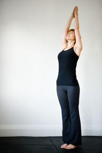 6 Gerakan Yoga yang Mudah Dilakukan di Rumah 3