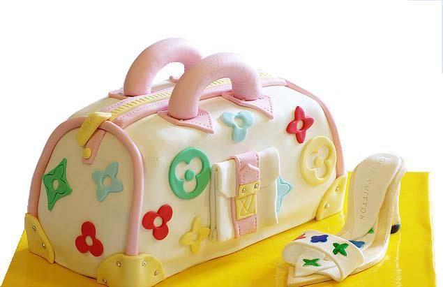 Çanta terlik pastası