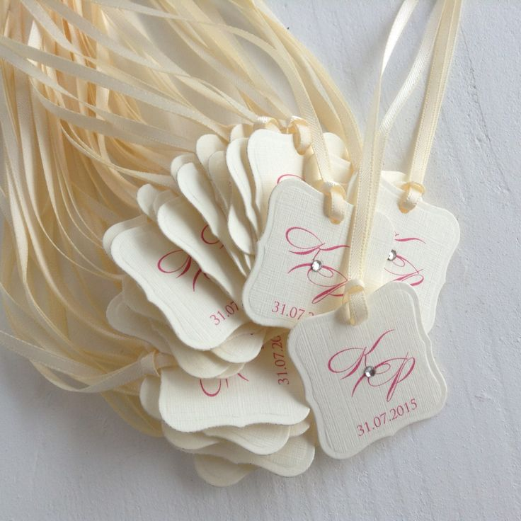 Ivory and fuchsia favour tags