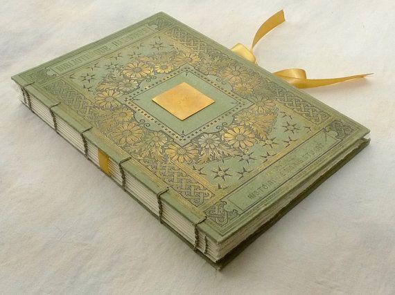 Photo Guest Book Idea Unusual Scrapbook van Spellbinderie op Etsy