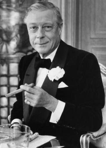 "EDWARD ALBERT CHRISTIAN GEORGE ANDREW PATRICK DAVID a.k.a. ""The Duke of Windsor"" (Monarch)  BIRTH:  June 23, 1894 in White Lodge, Richmond, Surrey, England  DEATH:  May 8, 1972 in Paris, France  CAUSE OF DEATH:  Cancer of the Larynx  CLAIM TO FAME:  As King Edward VIII, he Abdicated to Marry Divorcee Wallis Simpson"