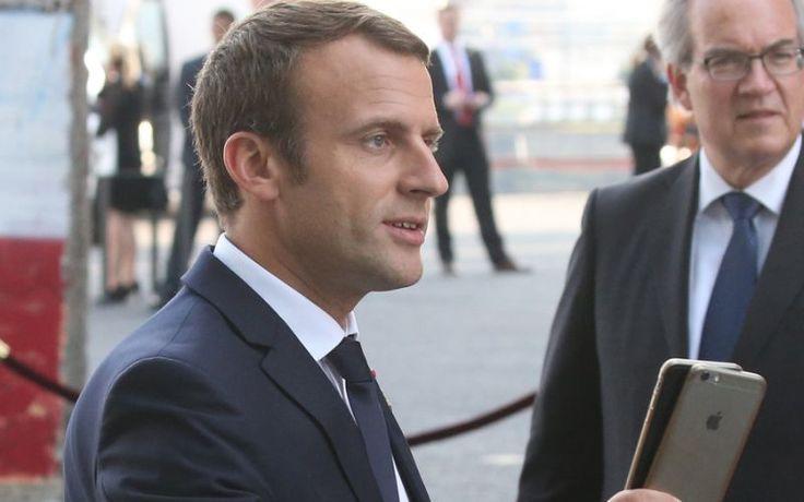 Emmanuel Macron répond en vers au poème d'une jeune britannique