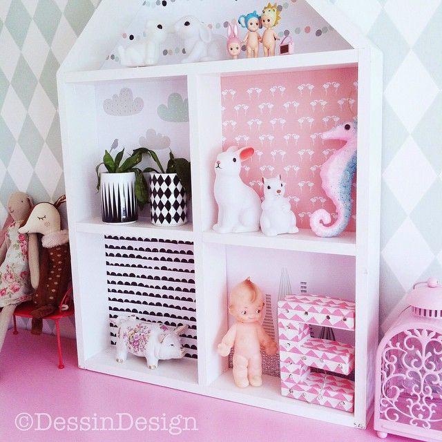Kids room, house shelf Dessin Design www.dessindesign.se