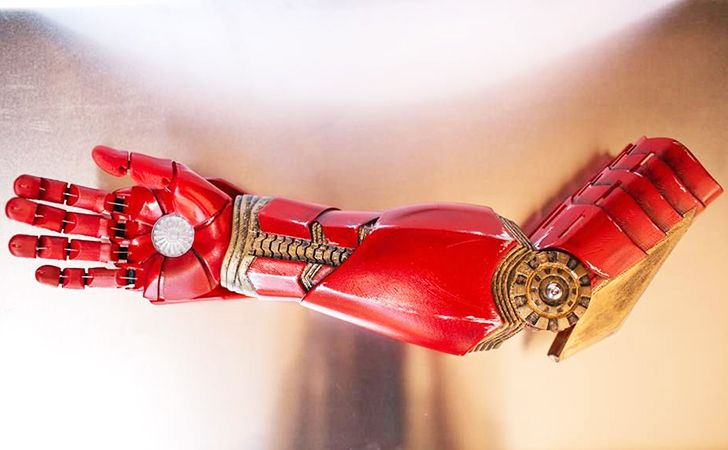 Robert Downey Jr gives 3D-printed prosthetic 'Iron Man' arm to seven-year-old superhero fan