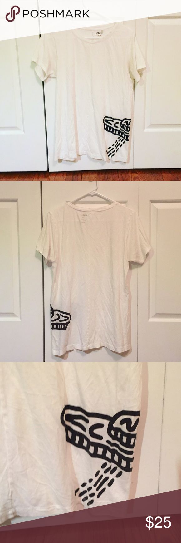 RARE✨ uniqlo x keith haring Uniqlo SPRG NY MoMa x Keith Haring white space ship tee. super soft material. rare item!  worn once. no flaws/snags. like new! 🎉   🍃 10% off bundles! 🍃 always open to offers! 🍃 feel free to leave any questions or comments! Uniqlo Tops Tees - Short Sleeve