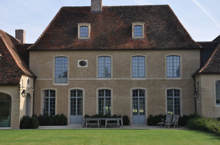 Picture-perfect Belgian country house by architect François-Xavier Van Damme - Belgian Pearls