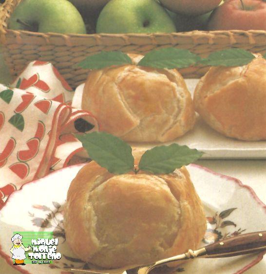 Manzanas rellenas Hojaldradas Deliciosa Manzana con ese relleno jugosa con el Hojaldre crujiente.