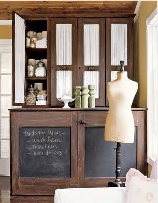 on cupboards: Ideas, Crafts Rooms, Washer And Dryer, Chalkboards Paintings, Cupboards Doors, Chalk Boards, Laundry Rooms, Chalkboards Doors, Cabinets Doors