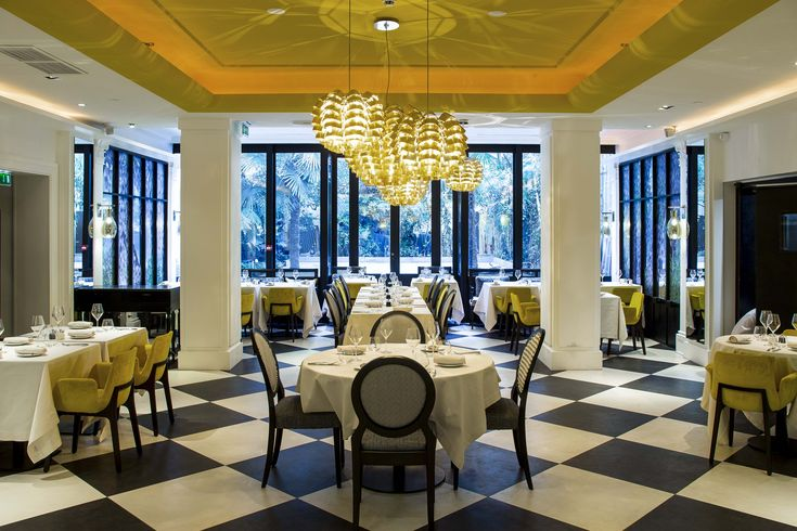 French chef Yannick Alléno has opened his new STAY Paris restaurant at the Hôtel Sofitel Le Faubourg!