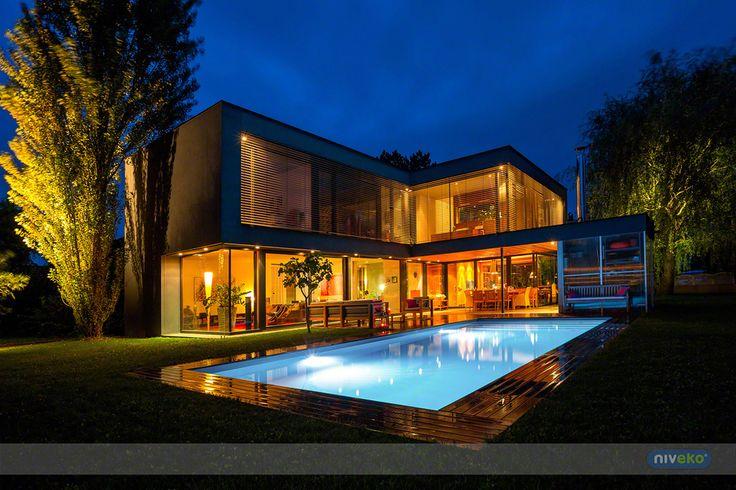 Cosy atmospere...  niveko-pools.com #lifestyle #design #health #summer #relaxation #architecture #pooldesign #gardendesign #pool #swimmingpool #pools #swimmingpools #niveko #nivekopools