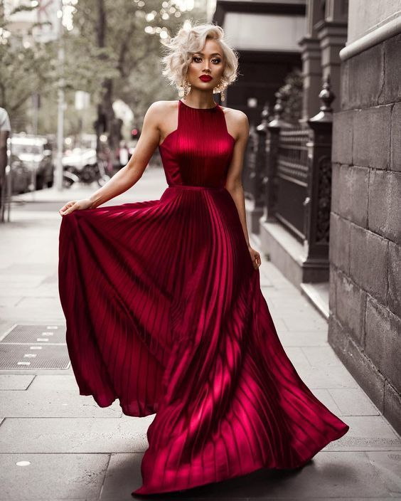 Stunning long red dresses