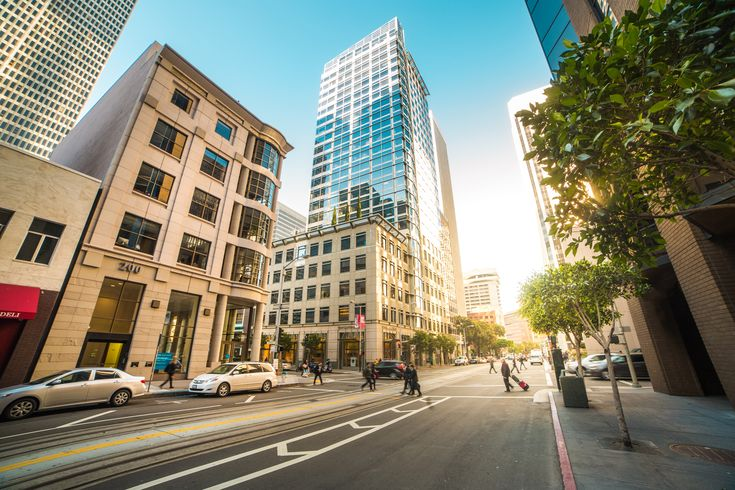 Center of San Francisco ➤ DOWNLOAD by click on the picture ➤ #BigCity #Buildings #Business #Busy #Cars #City #Expensive #Modern #People #Roads #Rush #SanFrancisco #Streets #Work #freestockphotos #picjumbo