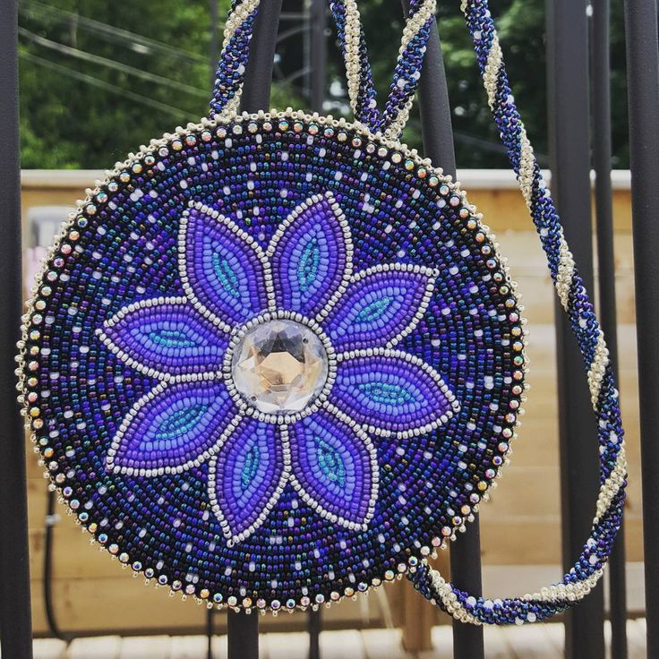 Beaded medallion by Blu Hummingbird #ndn #beading #beads