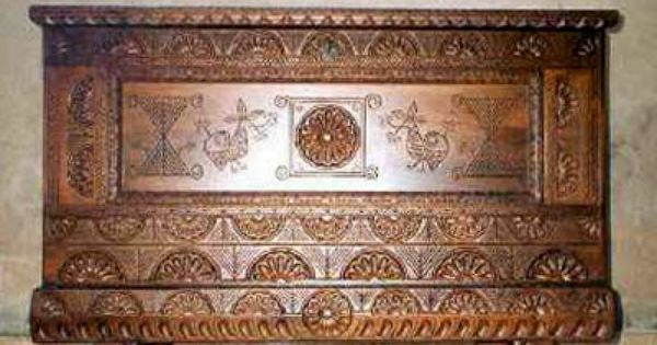 Cassa sarda - Tradizioni Sardegna - via http://ift.tt/2oeN0XK e #travel #offers #folklore #sardegna #sardinia