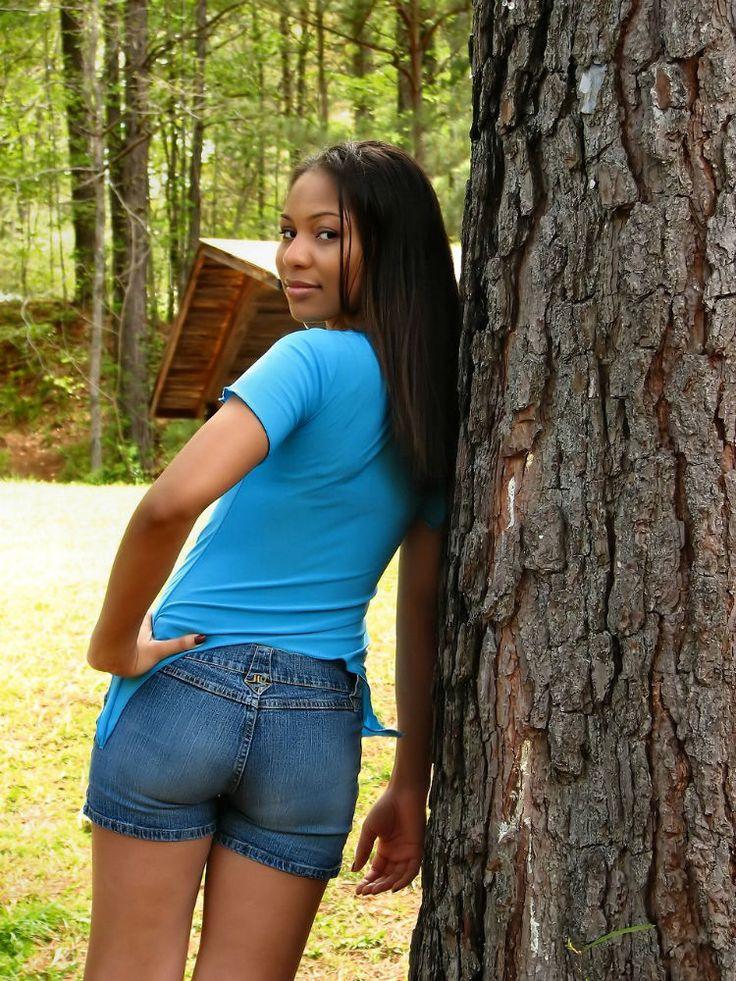 Vero uomo solo per rapporto serio - Sono una ragazza nera in cerca di un uomo . Sono 30 anni, corpo snello, capelli neri lunghi. Ho un animo tenero e un buon cuore. Sono sincero e fedele. Con i miei amici Sono socievole. Sto cercando di conoscere qualcuno, e sperando che conduce in un rapporto. E so bene che non tutti gli uomini... - http://www.ilcirotano.it/annunci/ads/vero-uomo-solo-per-rapporto-serio-6/