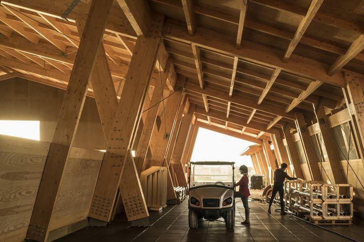 Architects: Carlos Castanheira & Clara Bastai Location: Leça da Palmeira, Portugal Year: 2012 Photographs: Fernando Guerra | FG+SG, Courtesy of Carlos Castanheira