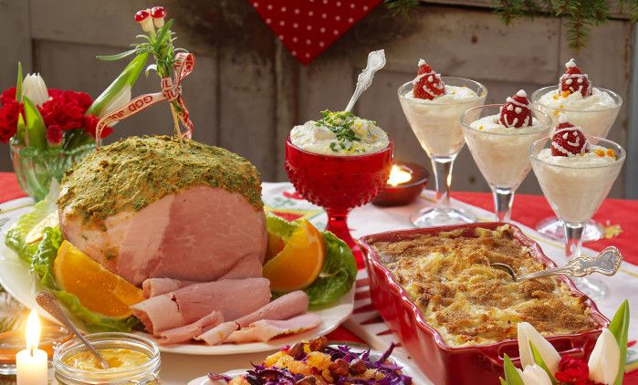 Hur griljerar man egentligen julskinkan bäst och smidigast? Vi bjuder på ett enkelt recept på en perfekt tillagad och griljerad julskinka!