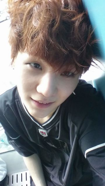 suga's twitter update #bts hes so cutee<3 omg  my birthday is coming up... can I have him?? please! ^^