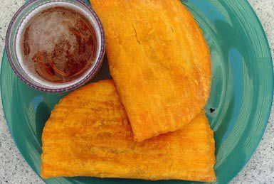 Jamaican Beef Patties (in Flaky Pastries) Recipe Jamaican Beef Patties, are made with a flaky pastry and are filled with a highly seasoned beef filling They are easy to make and are much larger than traditional patties. A favorite way it is eaten in Jamaica is sandwiched between a coco bread (think burger bun). Wash it down with an ice cold beer, a hot beverage or a cold fruit drink