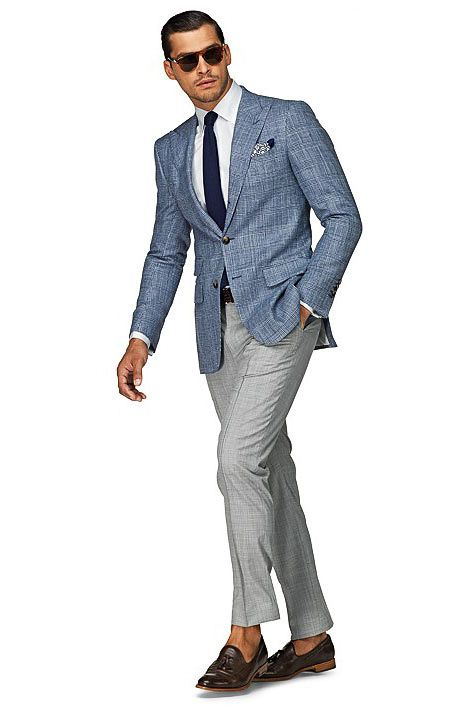 What does the cocktail attire and dress code mean? Here's our guide to decipher the standards and execute your look with style and ease.