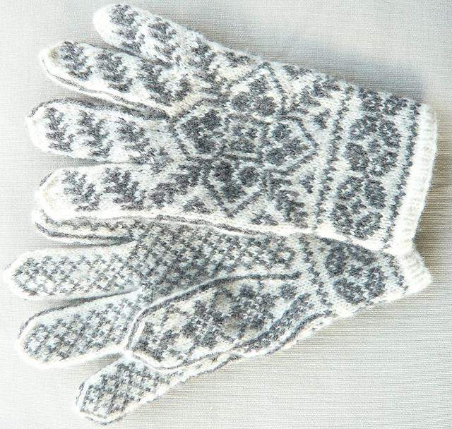 1084 best käesoe / hand warmers images on Pinterest | Hand warmers ...