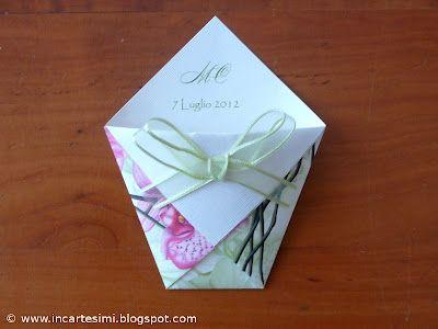 Bustine semplicissime in origami portaconfetti, portacaramelle, portariso, ecc..