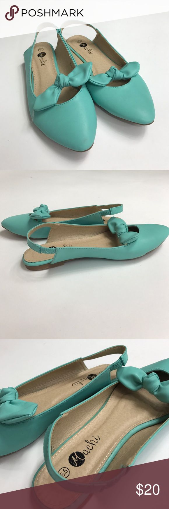 Teal Flats withBow Cute Teal flats with bow detail. Never worn. machi Shoes Flats & Loafers